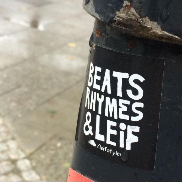 beats rhymes and leif sticker - Berlin streetart Modesk.nl